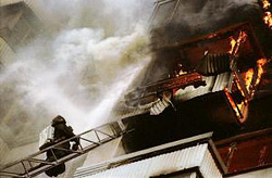 Пожар в подъезде