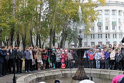 Открытие фонтана около 32-й школы