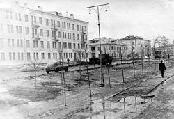 Проспект Ленина. История зданий. Часть 2.