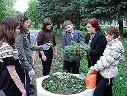 В УАТ формируют молодежный трудовой десант