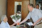 Девять жителей Озерского округа получили поздравления от Владимира Путина