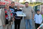 Болельщики «Амкара» поздравили Ивана Черенчикова