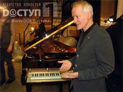 Специалист Steinway & Sons настроит новый челябинский рояль стоимостью 6 млн рублей