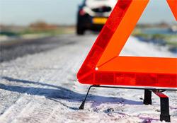 Полицейский из Озерска получил травмы в ДТП, вылетев на полосу встречного движения из-за снегопада.
