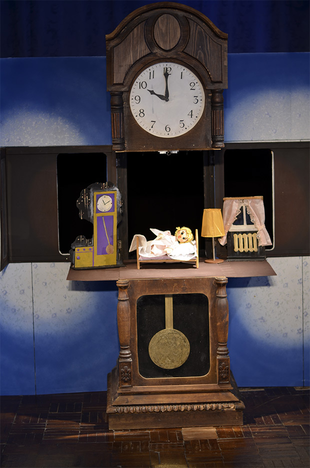 «Маленькая ночная серенада» в театре кукол,  или премьера спектакля «Как Маша поссорилась с подушкой».